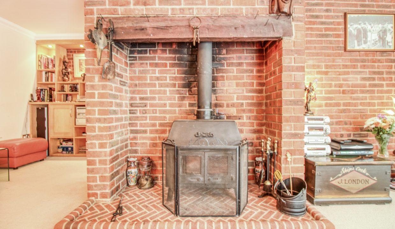 EG00305-I-IMG_2860_HDR-Hazelnut Cottage