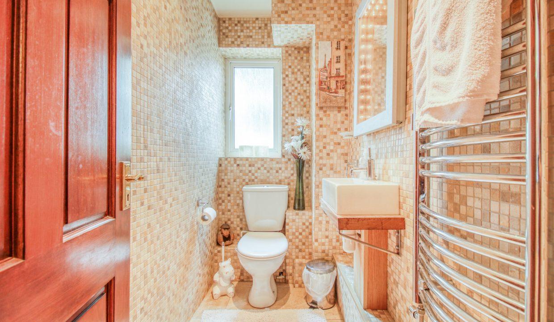 EG00305-I-IMG_2990_HDR-Hazelnut Cottage